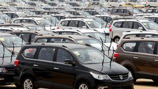 41,汽仅,31.7,车市,长安,半年 车市半年考:上汽仅完成目标41% 长安销量下滑31.7%