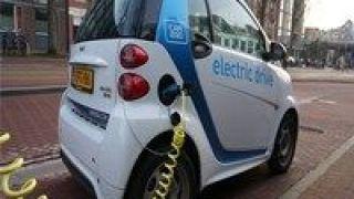"""比亚,刀片,搅动,出鞘,电池,能源 """"刀片电池""""出鞘 比亚迪搅动新能源汽车市场"""